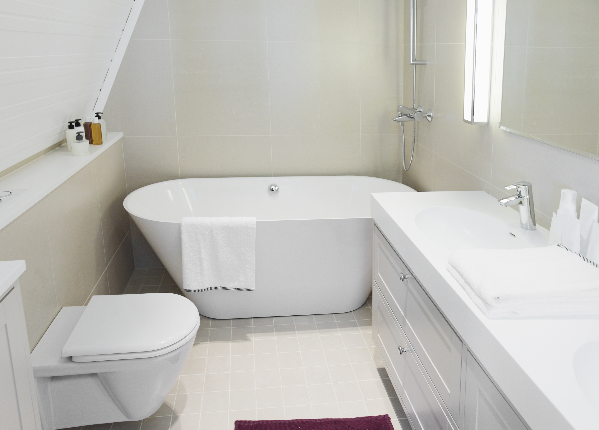 small bathroom remodeling redecorating tips